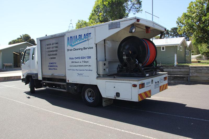 3000 Litre Truck Blocked Drains Melbourne Drain